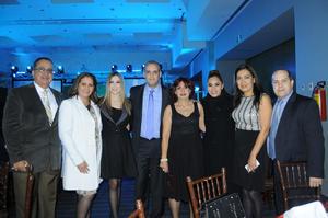 Gilberto, Isabel, Natalia, José Luis, Mirna, Blanca y Liliana