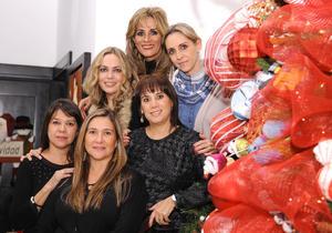 Irma, Cecy, Laura, Lety, Liz y Nora