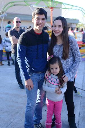 Carlos, Sofía y Daniela