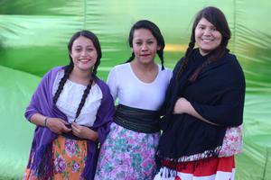 28122015 Leslie, Paola y Priscilla.