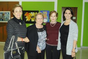 28122015 ENTRE AMIGAS.  Rosa María, Susana, Menchú y Laura.