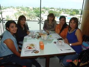 28122015 Estefanía, Guille, Rocío, Paty y Alma.