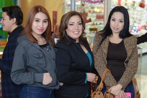 24122015 Gabriela, Mayela y Karla.