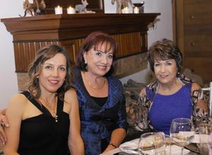 24122015 CONTENTAS.  Luz María, Coco y Vicky.