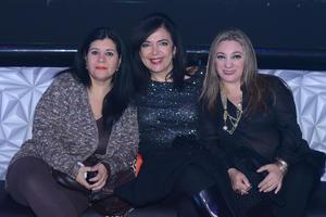 30122015 Ivonne, Yadira y Nena.