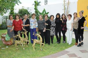 31122015 AMENA CELEBRACIóN.  En el Campestre de Gómez Palacio, Dgo., se realizó la convencion anual de la familia Adame Escamilla.
