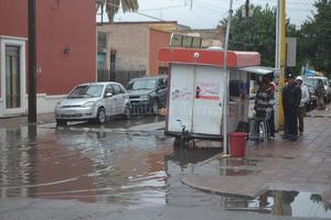 El primer fin de semana lluvioso no dejó incidentes mayores en el municipio de Lerdo. Únicamente se reportaron ligeros encharcamientos en el principal cuadro de la ciudad.