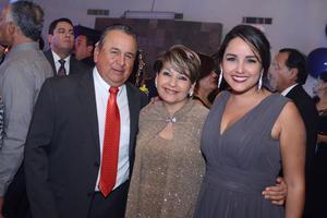 01012016 Nena, Gerardo y Estefanía.