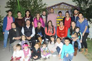03012016 CENA NAVIDEñA.  La Familia Román disfrutó de una emotiva celebración.