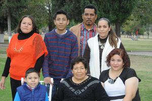 02012016 Familia García Adame.