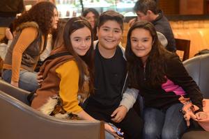 02012016 Victoria, Sebastián y Valeria.