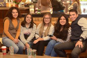 04012016 Marisol, Luisa, Fernanda, Andrea y Samir.