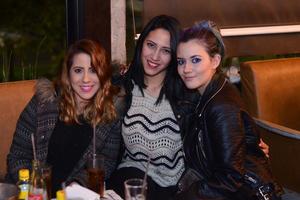 08012016 Gaby, Sofía y Cova.