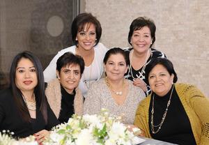 Cecilia, Ángeles, Katy, Cuquis, Dora y Pepis