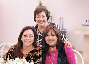 Gloria, Blanca y Cecilia