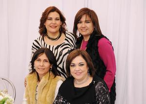 Lucía, Ana, Gloria y Edith