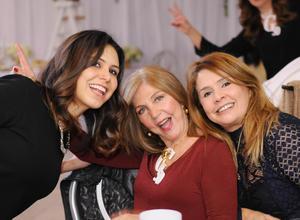 Paola, Kitty y Mayela