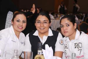 09012016 Doris, Mayra y Angélica.