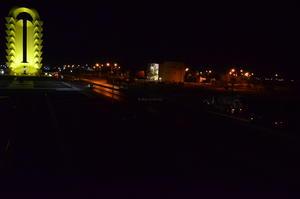 En el Periférico Raúl López Sánchez a la altura de la Puerta Amarilla, una de las principales entradas a la ciudad, todas las luminarias están apagadas.