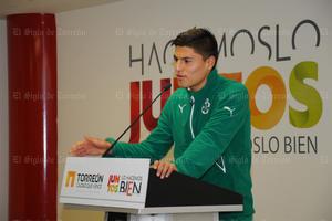 Uno de los jóvenes jugadores también dirigió unas palabras a sus compañeros de profesión.