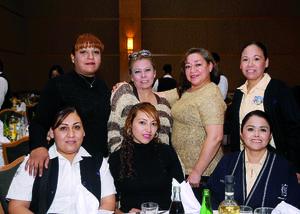 13012016 COMPAñERAS.  Suali, Paty, Luz, Doris, Diana, Ruby y Estela.