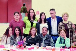 11012016 AMENA CONVIVENCIA.  Familias Hernández Mendoza y Alonso Hernández.