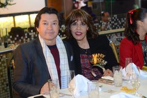 11012016 Gerardo y Alma.