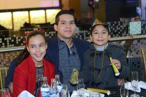 13012016 Mary, Ricardo y Maryana.