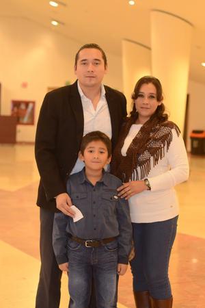 14012016 Jorge, Lidia y Jorge.