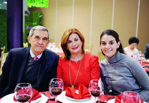 10012016 Eduardo, Nuri y Nuria.