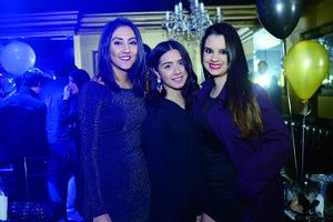 12012016 AMIGAS.  Mayra, Cristina y Raquel.