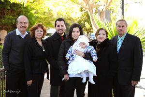 16012016 Presentes en esta ceremonia estuvieron sus abuelitos, los señores: Rosalinda Salas Cruz e Ignacio Rosales González; María del Carmen Ochoa y Ángel Gerardo Jaramillo García.