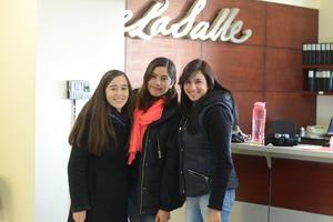 16012016 UNIVERSITARIAS.  Belinda, Gaby y Alejandra.