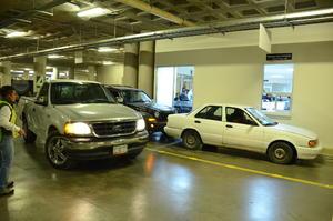 Los automovilistas que hayan sido multados por cometer infracciones viales, podrán recuperar sus placas, licencias o tarjetas de circulación, sin bajarse de su vehículo.