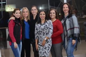 Martha, Bere, Rossana, Mague, Ana y Mónica