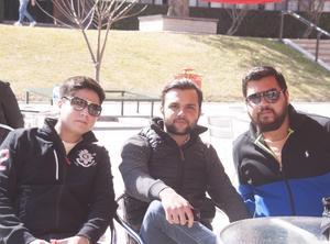 Juan Manuel, Carlos y Omar