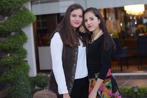 Mónica y Adri