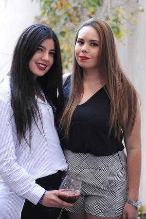 Ana Cris y Gaby