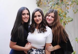 Dafne, Daniela y Ale