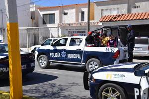 igual sucedió con las patrullas de la Dirección de Seguridad que con sirena abierta hicieron recorridos.