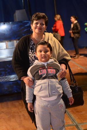 CIRCO SOLARY  En la foto: Santiago y Juanita