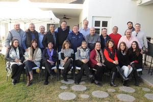 REUNION  REUNION ENTRE AMIGOS Y FAMILIARES DE JORGE ZARATE PONS POR SU CUMPLEAÑOS NUMERO 60