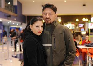 Erick Sotomayor Ruiz  TARDE DE CINE. Abril y Juan.