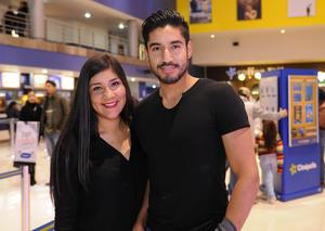 Erick Sotomayor Ruiz  TARDE DE CINE. Fernanda y Luis.