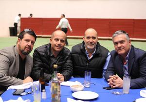 Erick Sotomayor Ruiz  CUMPLEAÑOS MARIO LOZOYA SOTOMAYOR. Luis,Abelardo,Raúl y Ramiro.