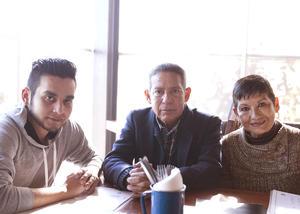 Erick Sotomayor Ruiz  RESTAURANTE NICANOR. Mario,Mario y Camila.