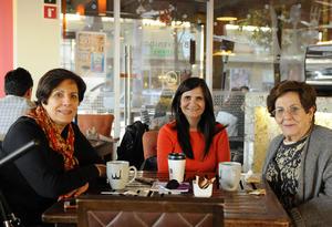 Erick Sotomayor Ruiz  TARDE DE CAFE. Linda,Paty y Margarita.