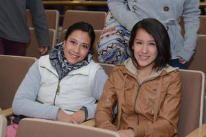 CAMERATA DE COAHUILA EN LA FECA  En la foto: Berenice y Elena