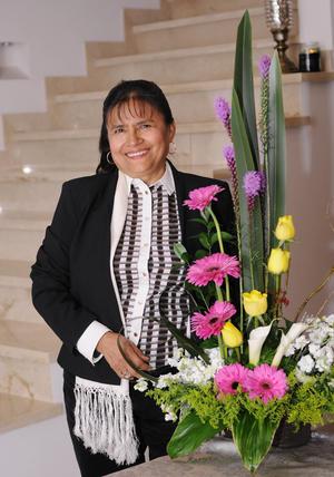 Erick Sotomayor Ruiz  JUBILACION SILVIA ALONSO NAPOLES ORGANIZADA POR SUS COMPAÑERAS DEL CETIS 88. Marce,Alicia,Marilu,Lupita,Luz Elena,Ma. Elena y Silvia.