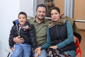 inauGURACION JUMP & FIT  En la foto: Guillermo, Jesus y Carmen